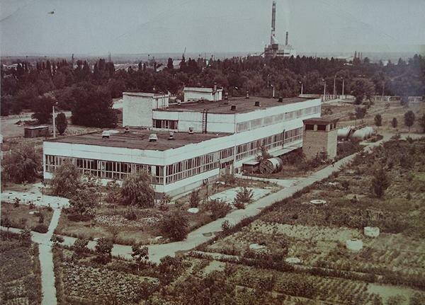 фабрика по производству картона и бумаги